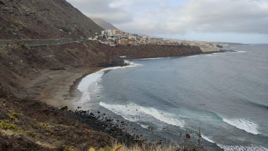 Foto de la Playa del Arenal y Bajamar al fondo