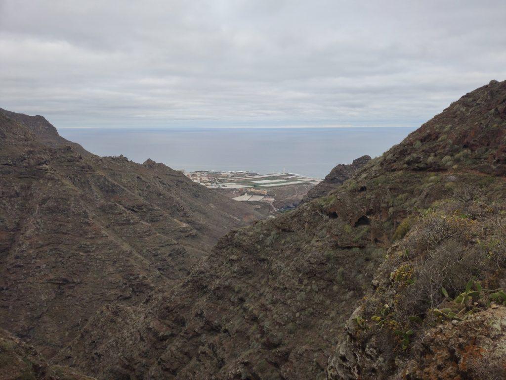 Vistas de Punta del Hidalgo subiendo a Chinamada